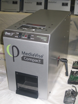 Phiston Technologies MediaVise MV02 Compact Digital Media Sanitizer
